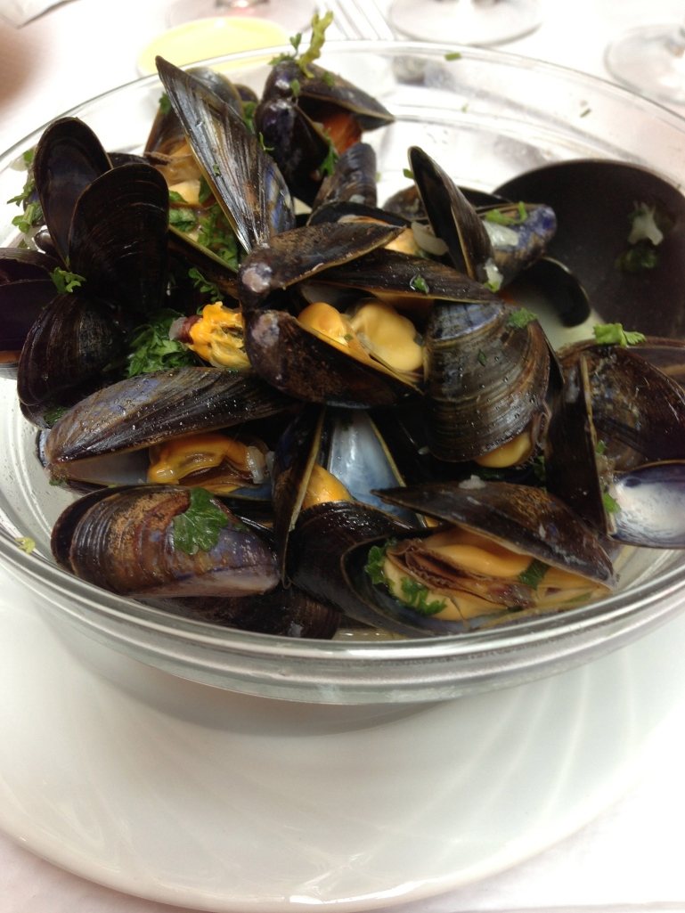 Mussels in Cancale, Bretagne